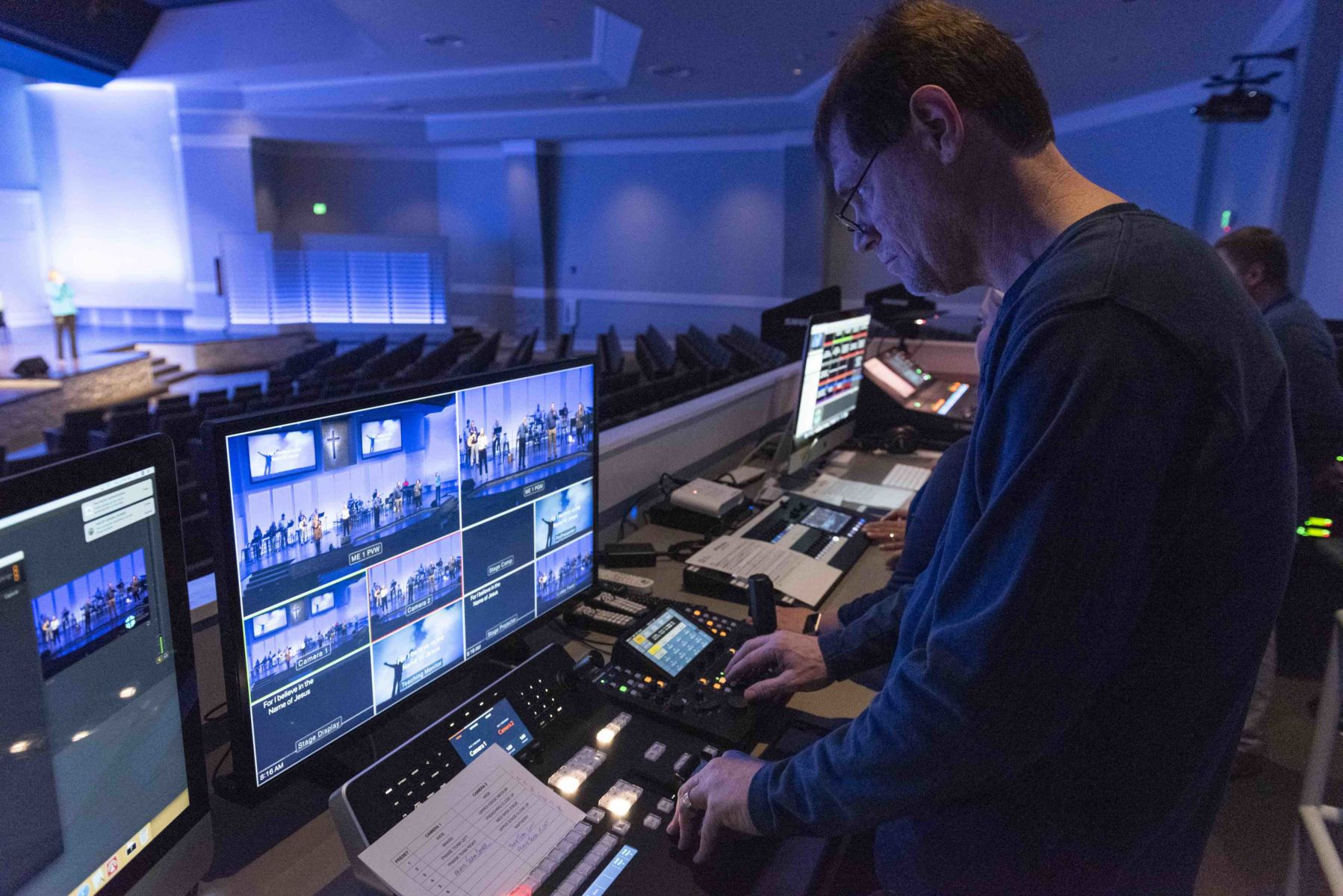 Church-Live-Streaming-Equipment-Software